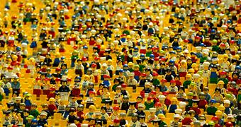 Legos Foule